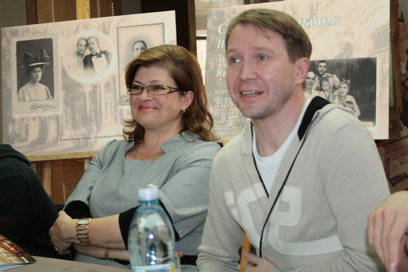 Евгений Миронов и Светлана Краснощекова
