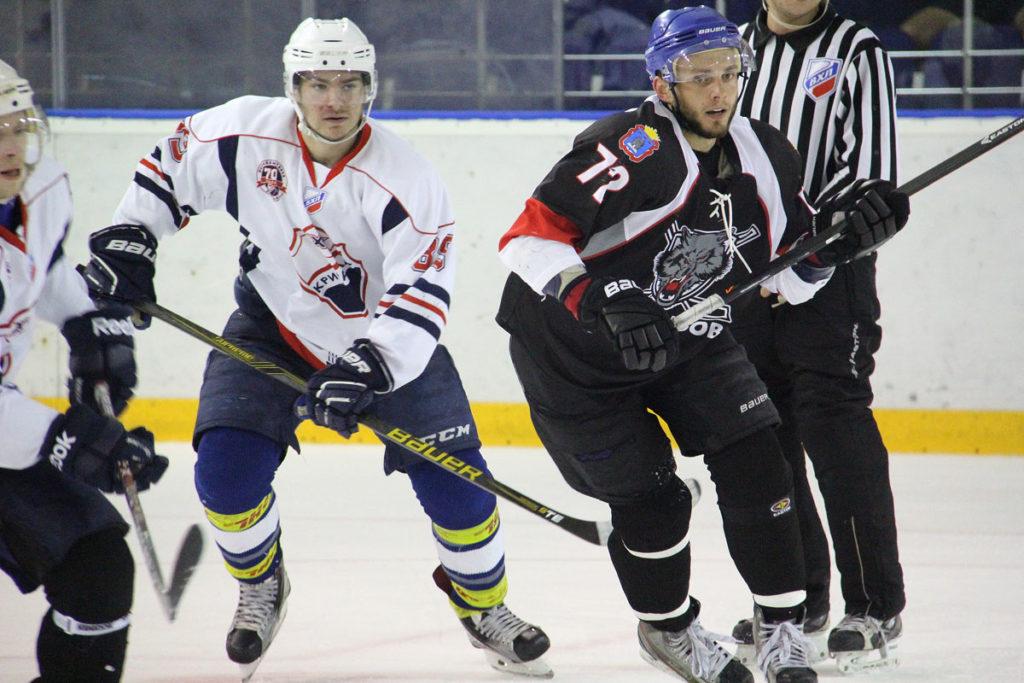 """Хоккей. """"Кристалл"""" Саратов"""