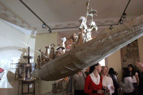 Саратовцев пригласили на корабль дураков