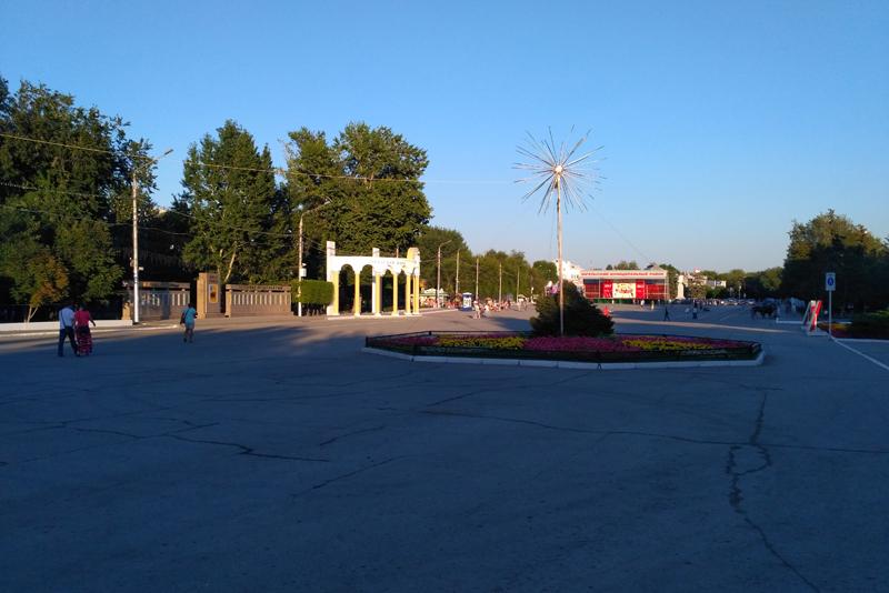 Площадь Ленина. Энгельс. 2017