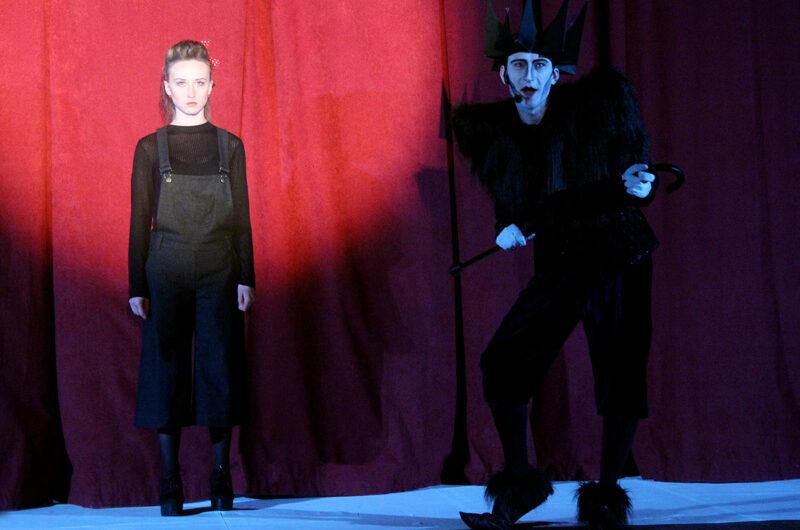 Театр «Версия» представляет: «Золушка» в стиле кэмп