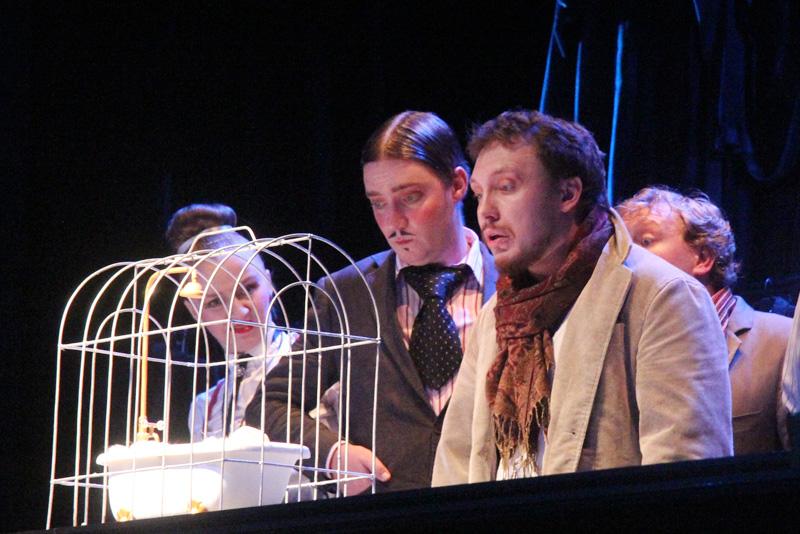 «Два путешествия Лемюэля Гулливера»: психологические экзерсисы в театре кукол