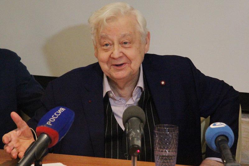 На доме, где жил Олег Табаков, появится мемориальная доска