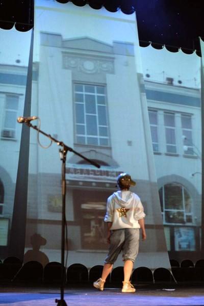 Валерий Радаев выступил с инициативой вернуть историческое здание ТЮЗу