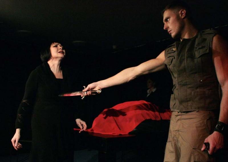 Страсть и смерть, красное на черном – «Федра» в «Балаганчике»