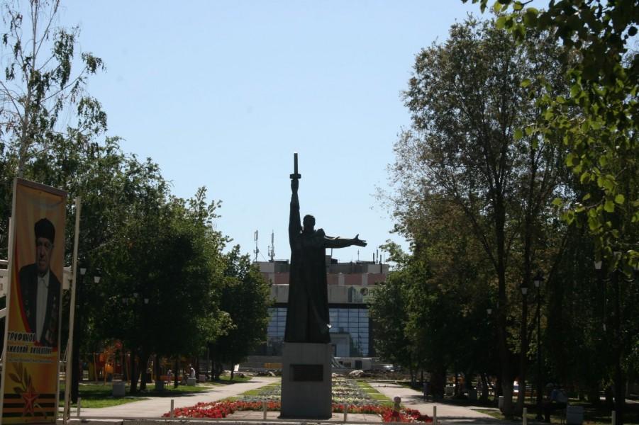 Сквер на улице Жуковского