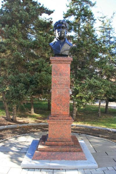 Памятник А.Д. Панчулидзеву