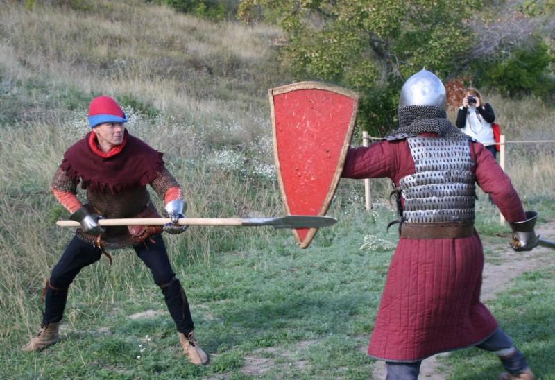 Средневековье на Увеке. Один день из жизни средневекового города-2012