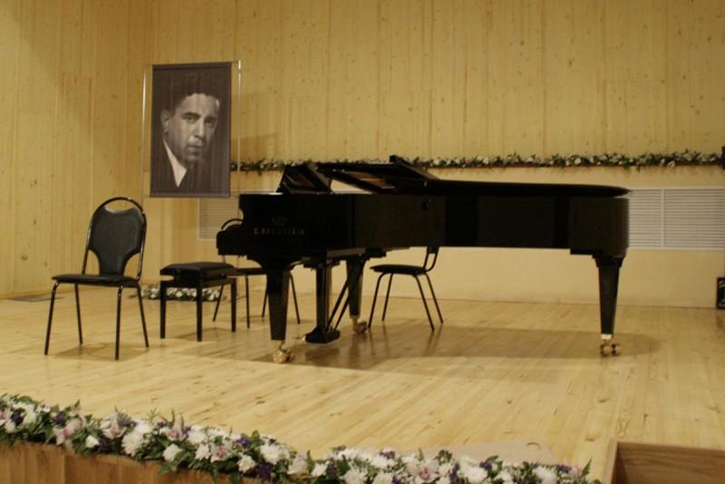 Камерному залу филармонии присвоено имя Анатолия Катца