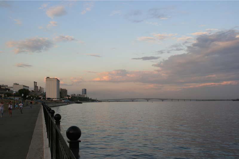 Обзорные площадки на набережной Саратова