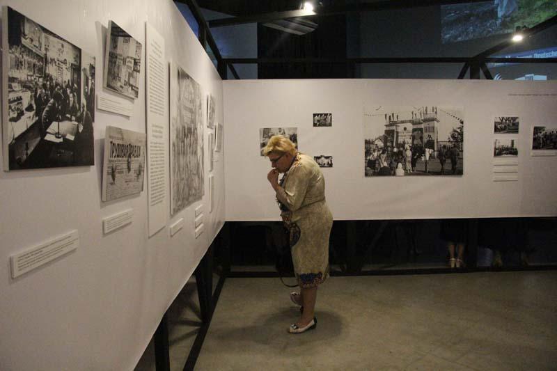 В «Пионере» проходит выставка к 100-летию образования Автономной области немцев Поволжья