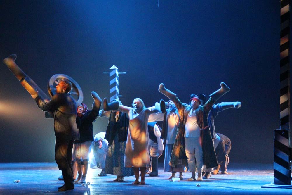 В Саратове проходят гастроли театра, в котором начинал творческий путь Юрий Петрович Киселев