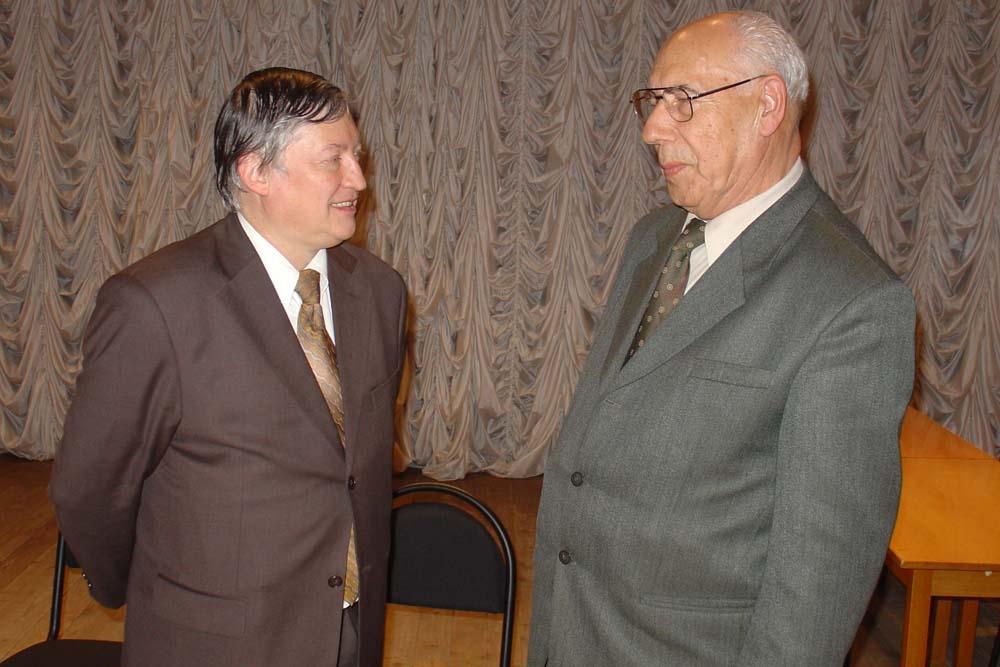 Анатолий Захаров и Анатолий Карпов