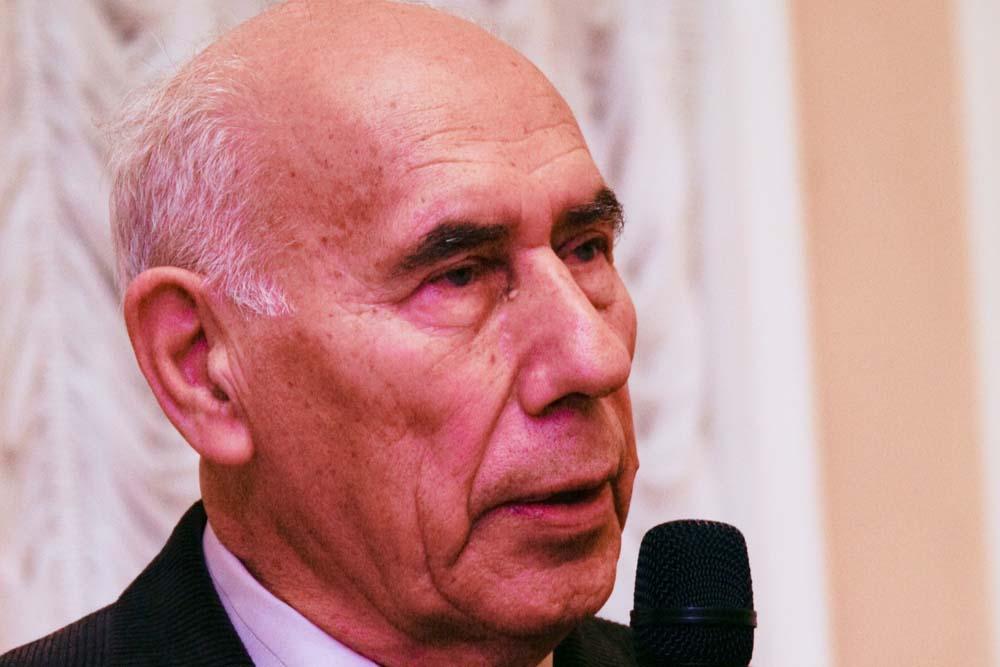 Анатолий Александрович Захаров