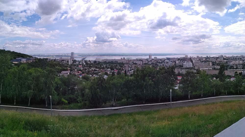 Обзорная площадка в Парке Победы, памятник «Журавли»