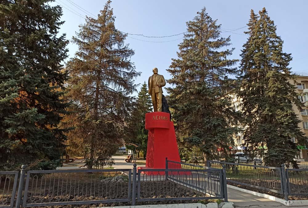 Памятник В. И. Ленину на 3-й Дачной