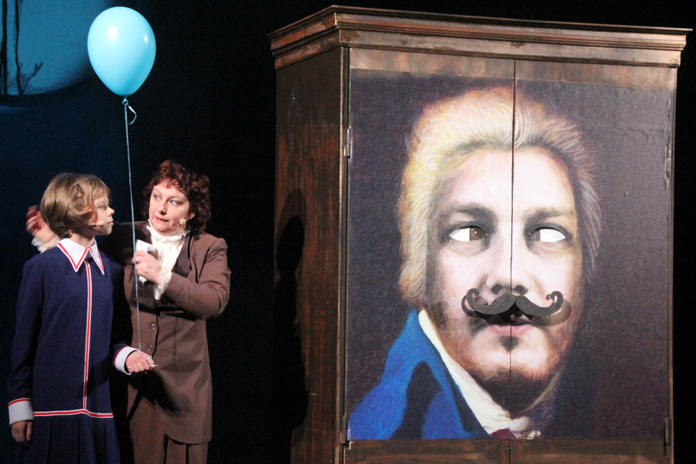 «Кентервильское привидение» в Старом ТЮЗе: все, что вы не знали об английском юморе