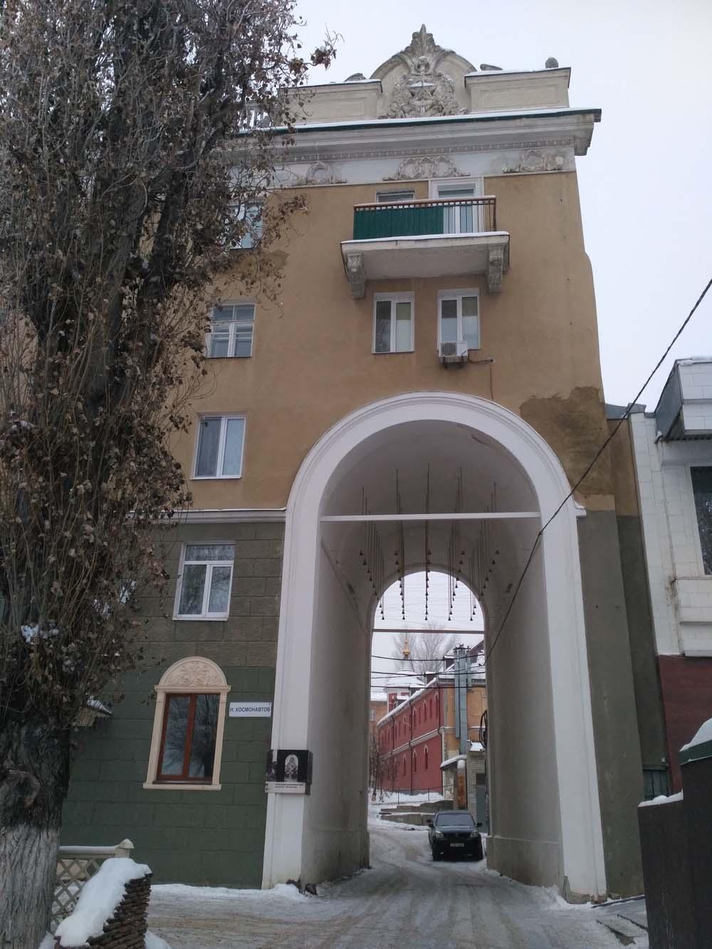 Звонница в память о Крестовоздвиженском женском монастыре