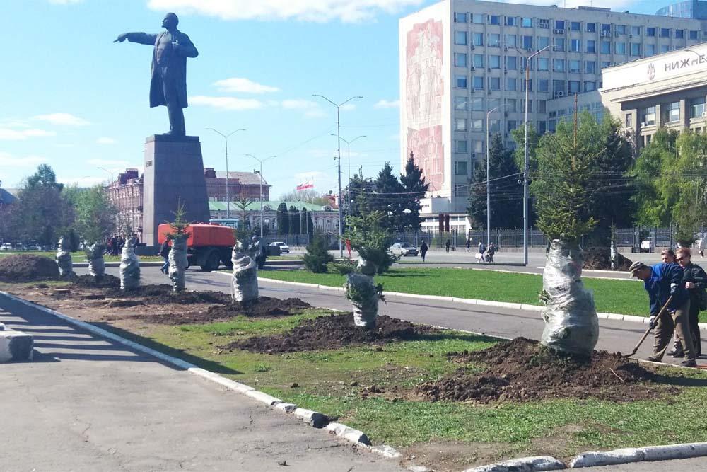 Театральная площадь Саратова