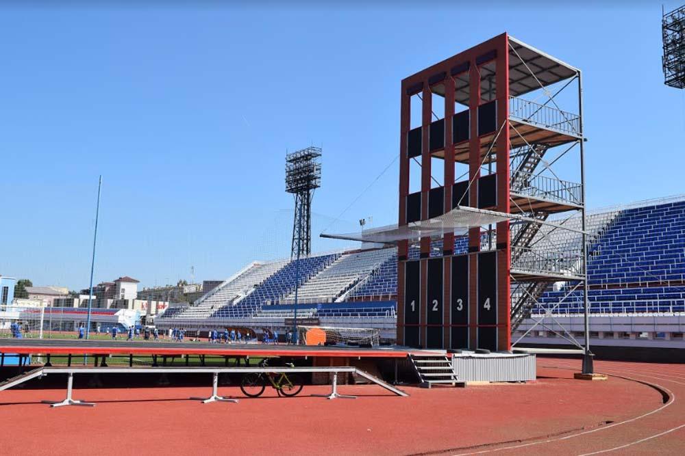 На реконструированном стадионе «Локомотив» начались тренировки перед XV Чемпионатом мира по пожарно-спасательному спорту