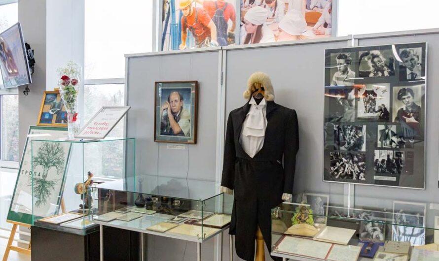 В память о Юрии Ошерове открылась выставка