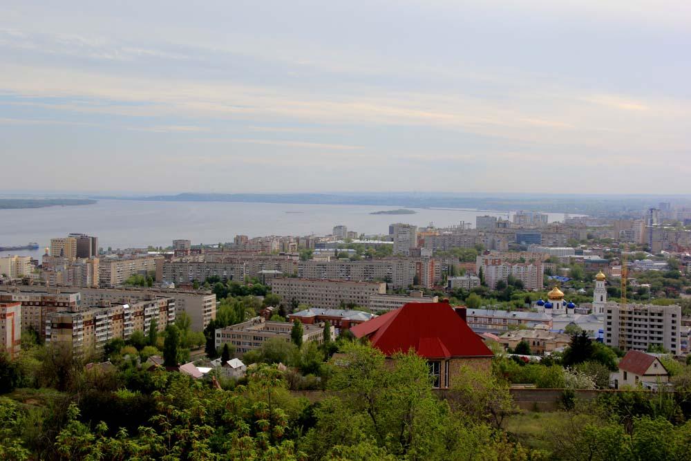 Обзорная площадка на Горе Соколовой, за Национальной деревней
