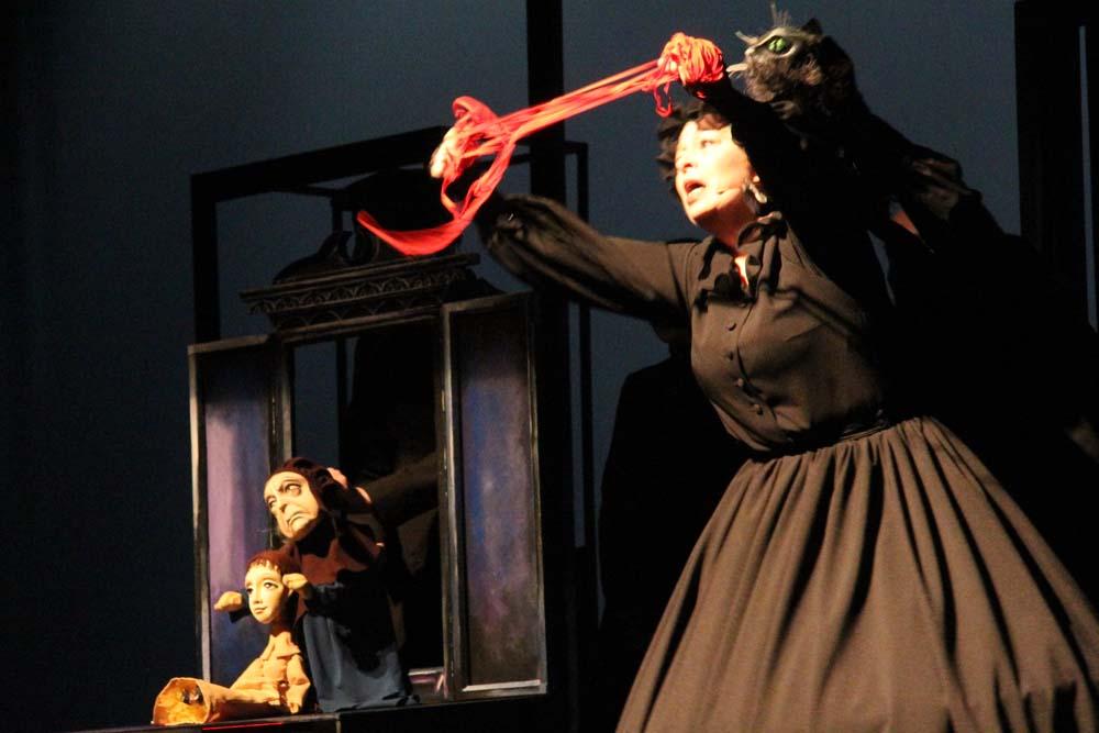 Ведьма, черный кот и клад: саратовские зрители увидели «Лафертовскую Маковницу»