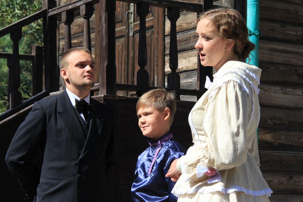 Жуковская Даяна и Данила Шувалов